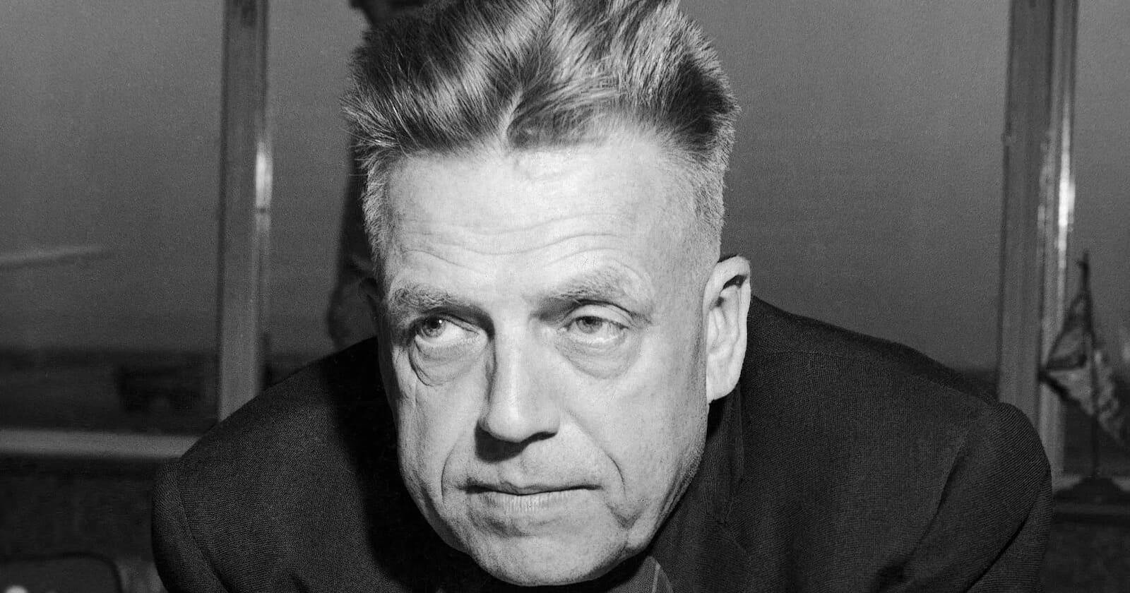 """Alfred Kinsey, """"părintele educației sexuale"""" - un pervers și infractor sexual"""